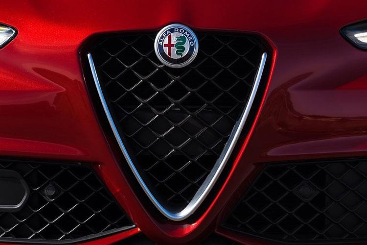 Alfa Romeo Giulia Saloon 2.0 T 200PS Nero Edizione 4Dr Auto [Start Stop] detail view