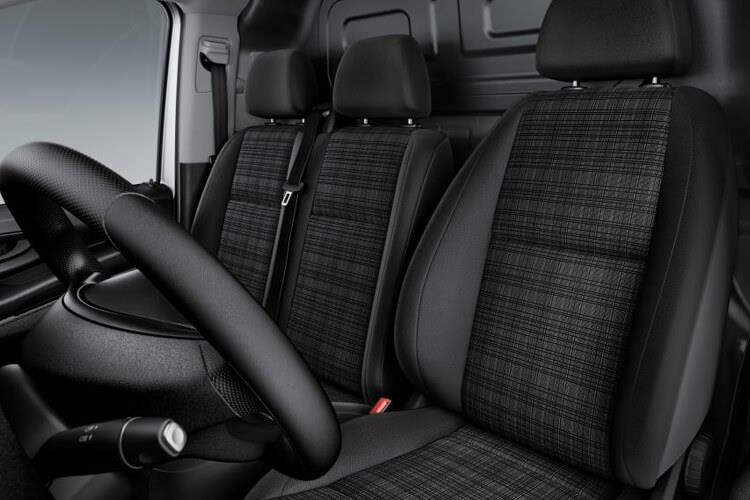 Mercedes-Benz Vito Tourer 116 L1 M1 RWD 2.1 CDi RWD 163PS SPORT Minibus G-Tronic [Start Stop] [8Seat] inside view